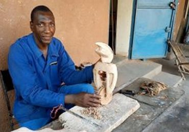 Abou Traoré, sculpteur de bronze