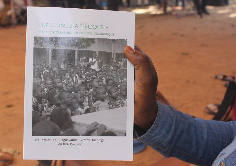 Littérature : KPG  présente  son ouvrage « Conte à l'école »