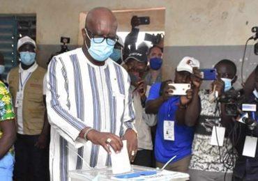 Burkina : Roch Marc christian KABORE a voté ce matin