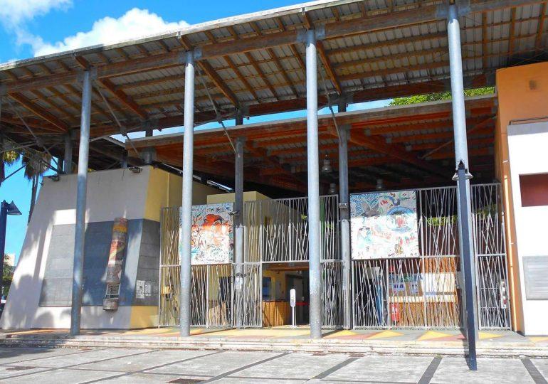 """Gaston KABORE parrain de la 1ère École de Cinéma de Guadeloupe """"ÉPICES"""""""