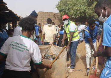SOCIÉTÉ : DJO Volontaire initie une opération de salubrité au marché du 15