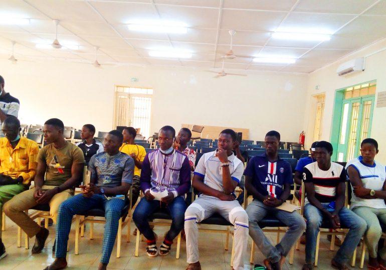 Compagnie Danthemuz : Lancement de la caravane de formation au jeu d'acteur et à la mise en scène à Mogtédo