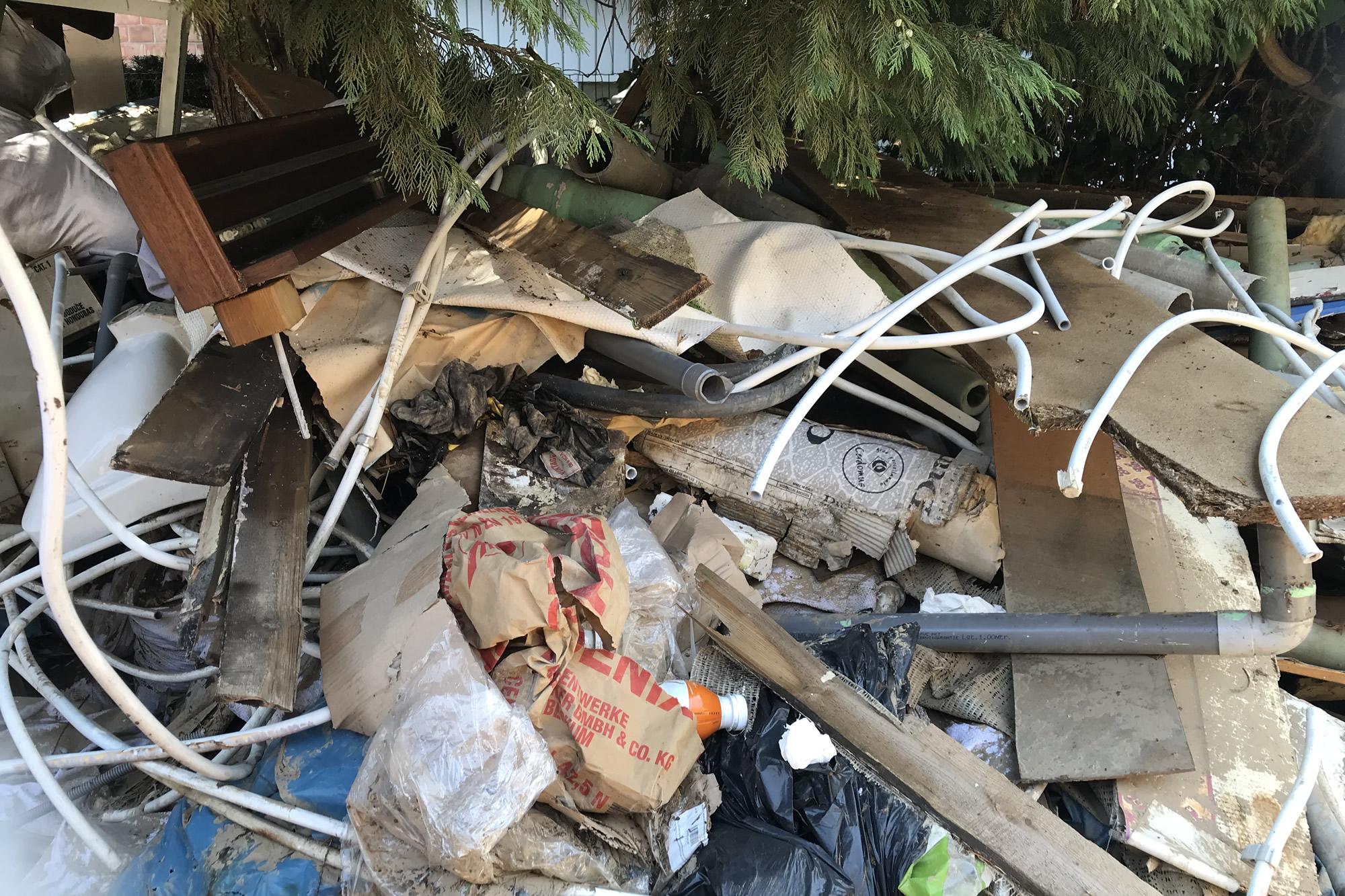 Inondations en Belgique : L'Ambassadeur visite les foyers dévastés