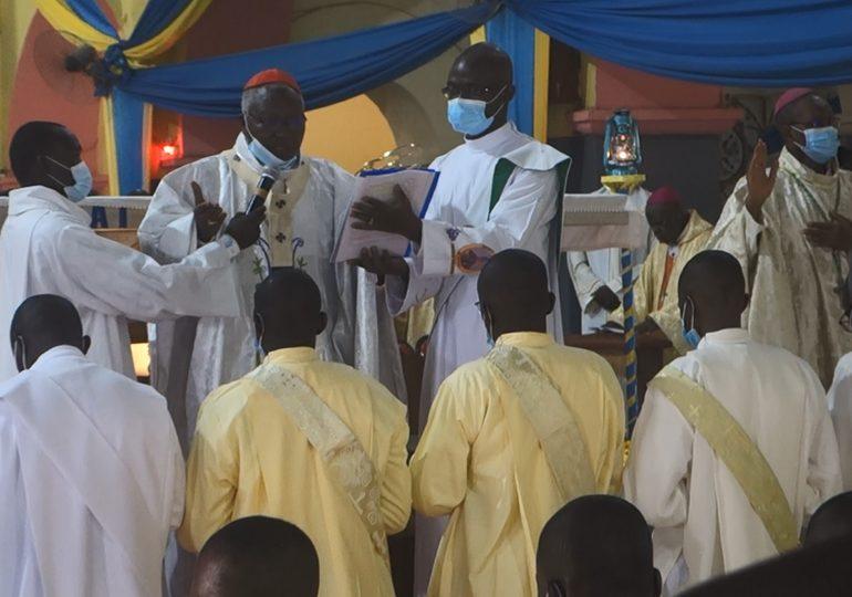 Ordination sacerdotale : 22 prêtres confient leur mission à Dieu